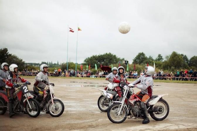 Foto avots: Motoklubs