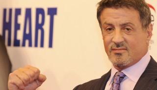 Stallone pārdod Rokija un Rembo atribūtus