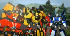 Transformeri: roboti maskējas
