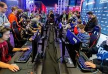 """Intel Extreme Masters"" jau piekto reizi Polijā pulcēs pasaules labākos ""geimerus"""