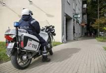 Dobeles novadā nepilngadīgais ar auto bēg no policijas