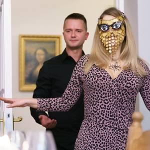 Šmaragdu Magda pēc izklaides vakariņās pie Puzikova jūtas pazemota