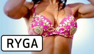Ryga publisko pikanto dziesmas Tits video