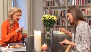 Uzzini recepti! Aktrisei Agnesei Zeltiņai garšo kopīgi gatavotais deserts