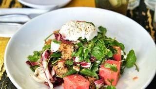 Videorecepte: arbūza un fetas siera salāti