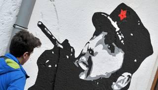 Foto: Kubā apbedīts Fidels Kastro