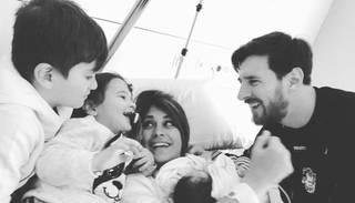 Foto: futbola zvaigzne Lionels Mesi trešo reizi kļuvis par tēvu