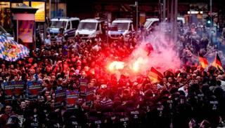 Vācijā nerimst pret imigrāciju vērsti protesti