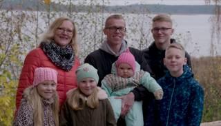 """""""Latvijas lepnums 2020"""" – kuplā Zeimaņu ģimene"""