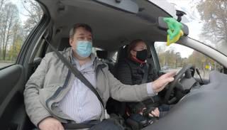 """""""Latvijas lepnums"""" Normunds Smiltnieks – vienīgais instruktors Latvijā, kurš palīdz iegūt tiesības cilvēkiem ar kustību traucējumiem"""