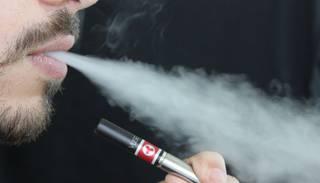 Vai e-cigaretes ir pirmās nepieciešamības preces?