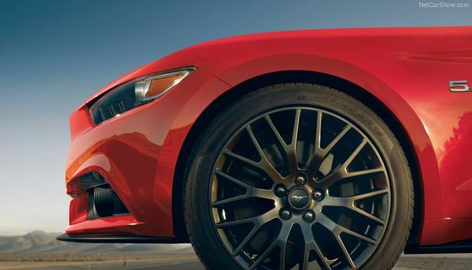 "Jaunais ""Ford Mustang"" gatavs Eiropai"