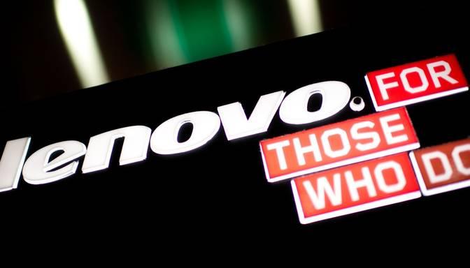 Lenovo pabeidz Motorola Mobility iegādi