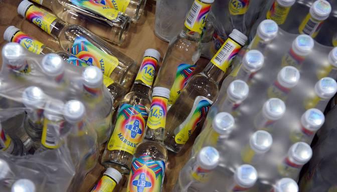 Rīgā ierobežos alkohola apriti naktī