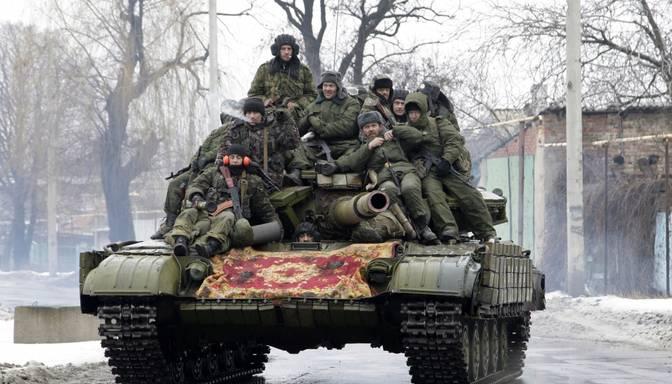 Ukrainas parlamenta deputāts: Teroristi sākuši tanku uzbrukumu Mariupolei