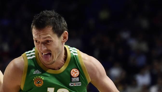 Latvieši turpina uguņot – Jānim Blūmam 16 punkti pret Galatasaray