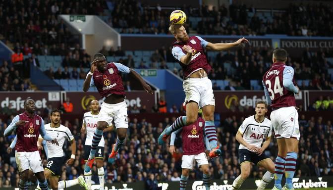 Anglijas kausā futbolā Aston Villa ar jauno treneri pret Leicester, Arsenal pret Middlesbrough