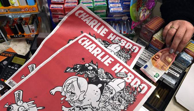 Charlie Hebdo izsmej Francijas Nacionālo fronti