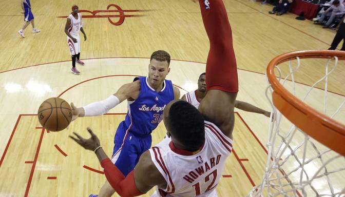"Grifinam ""triple-double"", Clippers viesos uzvara pār Rockets"