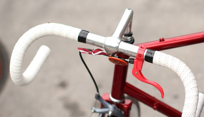 Trīs gājuši bojā, 75 riteņbraucēji ievainoti – pēdējo gadu antirekords