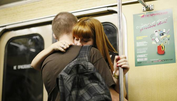 Pagājuši desmit gadi kopš terorakta Londonas metro