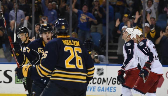 Girgensons izcīna pirmo uzvaru NHL sezonā
