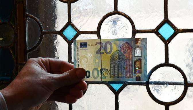 FM un LM rosina izmaksāt vakcinētiem senioriem 20 eiro mēnesī par energoresursiem