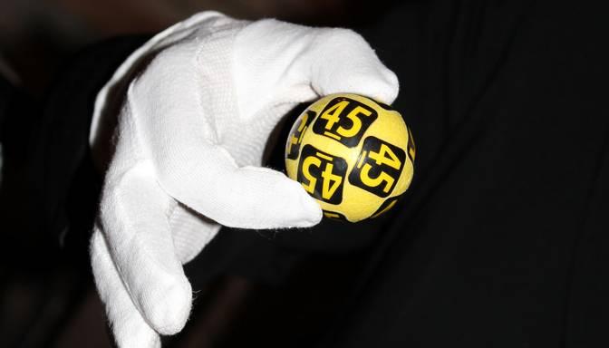 Jelgavā iegādāta loterijas biļete nesusi veiksmi! Laimēti teju 70 000 eiro