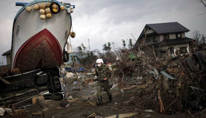 FOTO: Japānā piemin Fukusimas kodolkatastrofas piekto gadadienu