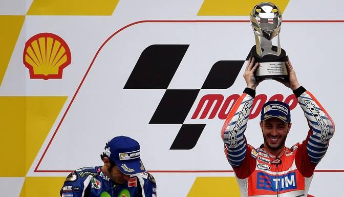 Dovicioso izcīna otro uzvaru MotoGP karjerā; Rosi nodrošina vicečempiona godu
