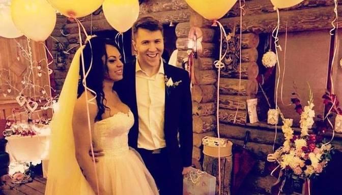 Apprecējusies iedvesmojošā fitnesa zvaigzne Kristīne Freiberga