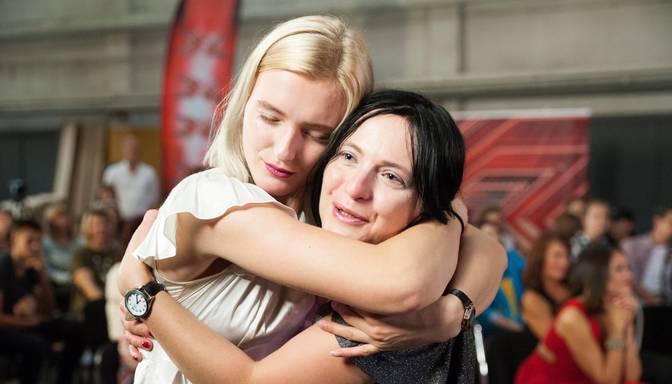 "Emocionāli! Mammas un meitas laimes mirklis ""X Faktorā"""