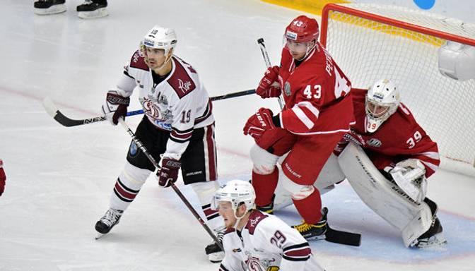 "TEKSTA VIDEO TIEŠRAIDE: KHL. Bratislavas ""Slovan"" – Rīgas ""Dinamo"""