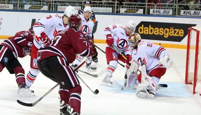 "TEKSTA VIDEO TIEŠRAIDE: KHL. Rīgas""Dinamo"" – ""Avtomobilist"""