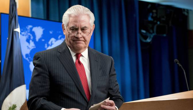 Tramps atlaiž ASV valsts sekretāru Tilersonu