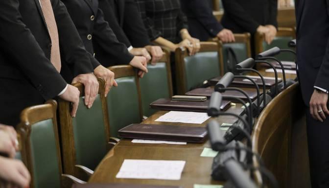 Aptauja: pie kurām jomām politiķiem nekavējoties vajadzētu sākt darbu?