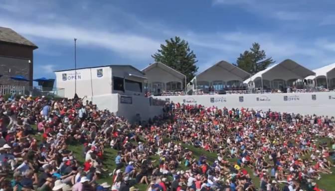 "Fani ""Canadian Open"" golfa turnīra laikā sāk skandināt ""Raptors"" saukli"