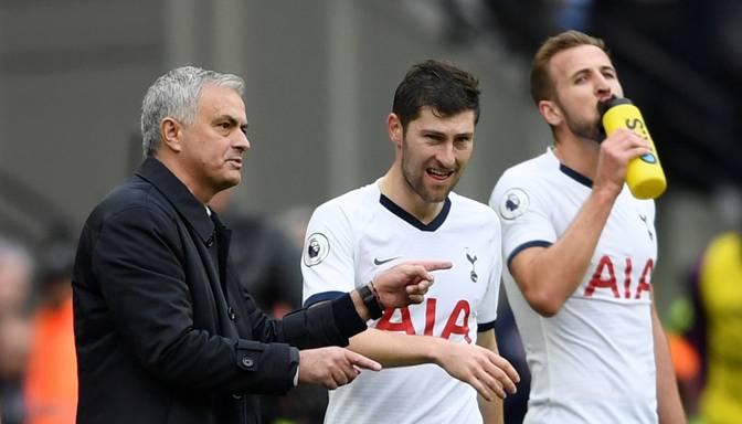 """Mourinju debijā """"Tottenham Hotspur"""" izcīna uzvaru pār """"West Ham"""""""