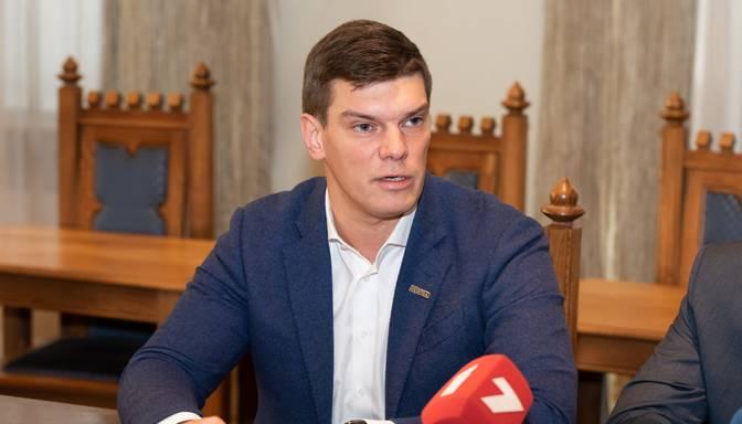 Neatkarīgo deputātu frakcija mudina Rīgas domes opozīciju izvirzīt mēra kandidātu