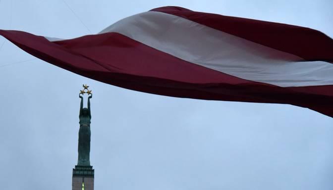 Plāno būtiski palielināt sodu par karoga nepareizu izgatavošanu un izplatīšanu