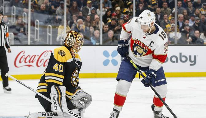 """Sazvērestība Bostonā? """"Bruins"""" un """"Panthers"""" spēles laikā arēnā pēkšņi nodziest gaisma"""