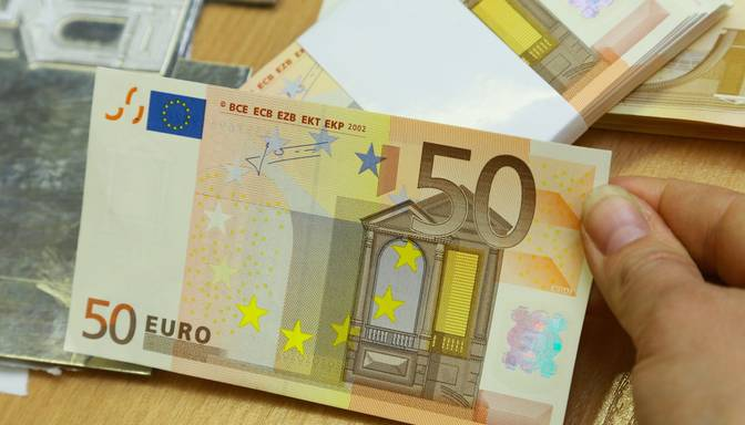 Apturēta noziedzīgu personu grupas darbība, kas valsts budžetam nodarījusi vairāk nekā 480 000 eiro zaudējumus