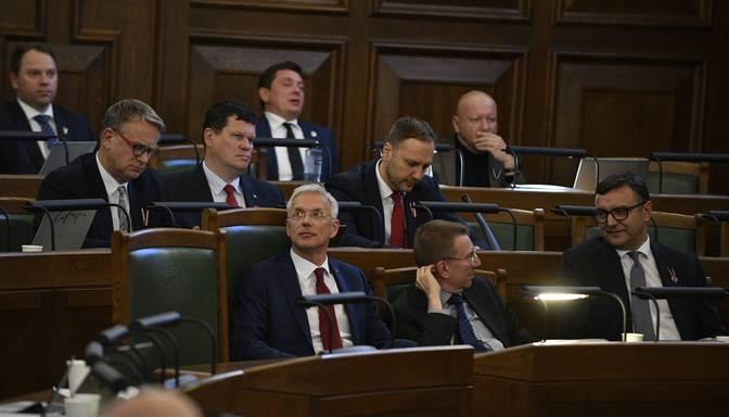 Nākamā gada budžetu, visticamāk, turpinās pieņemt bez opozīcijas dalības