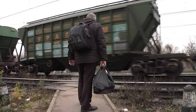 """""""Tā bilde stāv priekšā, tā neļauj cilvēkam dzīvot!"""" Mašīnists stāsta par traģēdijām uz dzelzceļa sliedēm"""