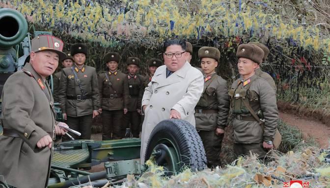 """Ziemeļkoreja izšāvusi """"neidentificētu lādiņu"""""""