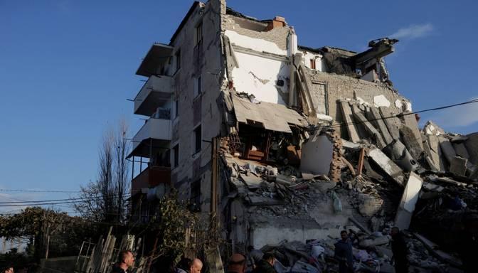 Albāniju satricinājusi spēcīgākā zemestrīce pēdējās desmitgadēs