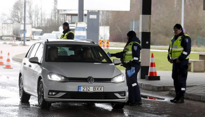 Pārkāpjot aizliegumu bez būtiska iemesla ieceļot Latvijā, paredzēta administratīvā atbildība