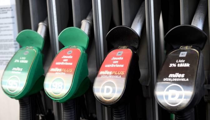 Rīgā sarūk degvielas cenas, Tallinā palielinās cena dīzeļdegvielai