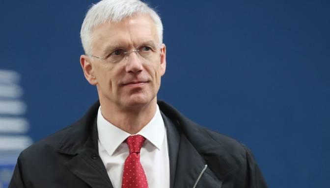 Kariņš: Pāragri spriest par valdības pieņemtajiem lēmumiem Covid-19 krīzes mazināšanai
