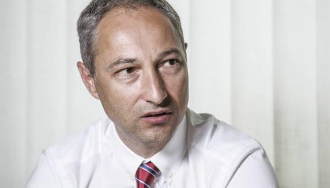 """JKP aicina Vitenbergu tuvākajā laikā izvērtēt """"Tet"""" vadības darbu Gulbim piemērotā aizdomās turētā statusa dēļ"""